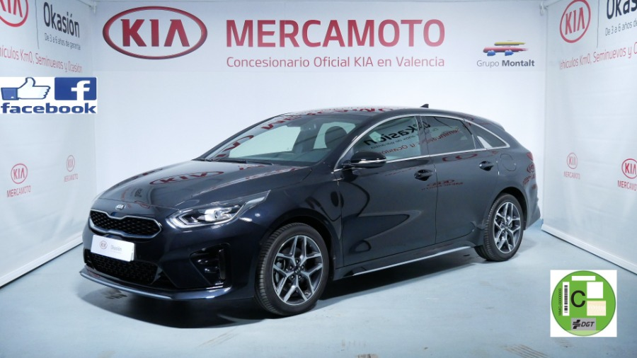 KIA pro_cee d Negro Gasolina Manual Familiar 5 puertas 2020