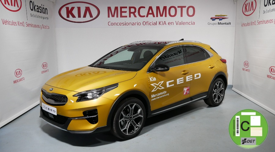 KIA XCeed Amarillo Gasolina Manual 4x4 SUV 5 puertas 2019