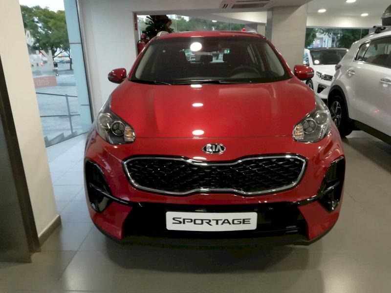 KIA Sportage Rojo Gasolina Manual 4x4 SUV 5 puertas 2018
