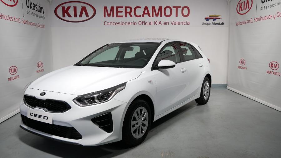 KIA cee'd Blanco Gasolina Manual Berlina 5 puertas 2019