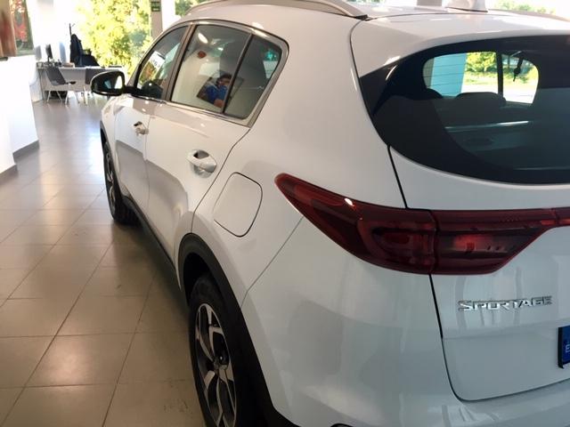 KIA Sportage Blanco Gasolina Manual 4x4 SUV 5 puertas 2018