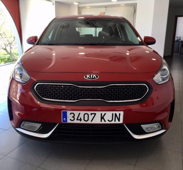 KIA Niro Rojo Eléctrico / Híbrido Automático Berlina 5 puertas 2018