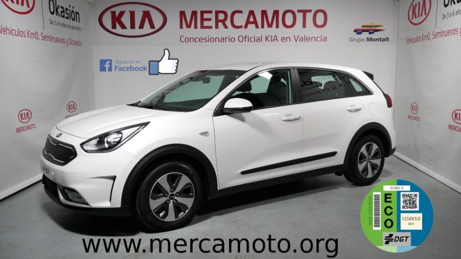 KIA Niro Blanco Eléctrico / Híbrido Automático Berlina 5 puertas 2017