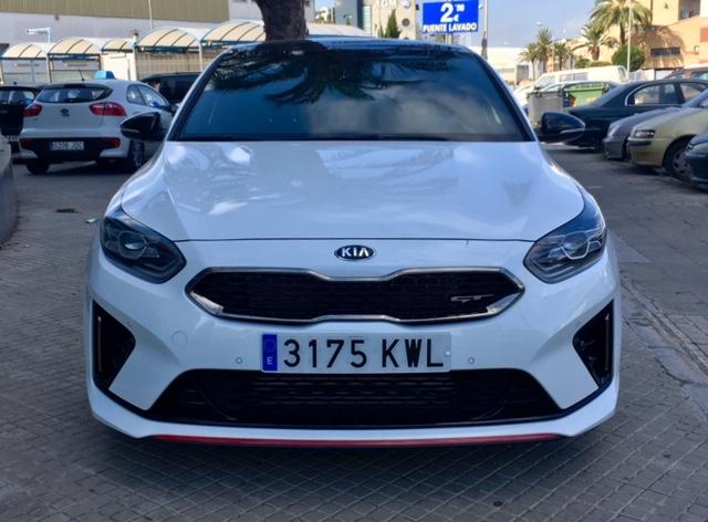 KIA cee'd Blanco Gasolina Automático Berlina 5 puertas 2019