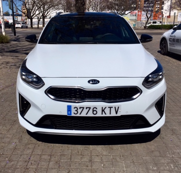 KIA Ceed Tourer Blanco Diesel Automático Familiar 5 puertas 2019