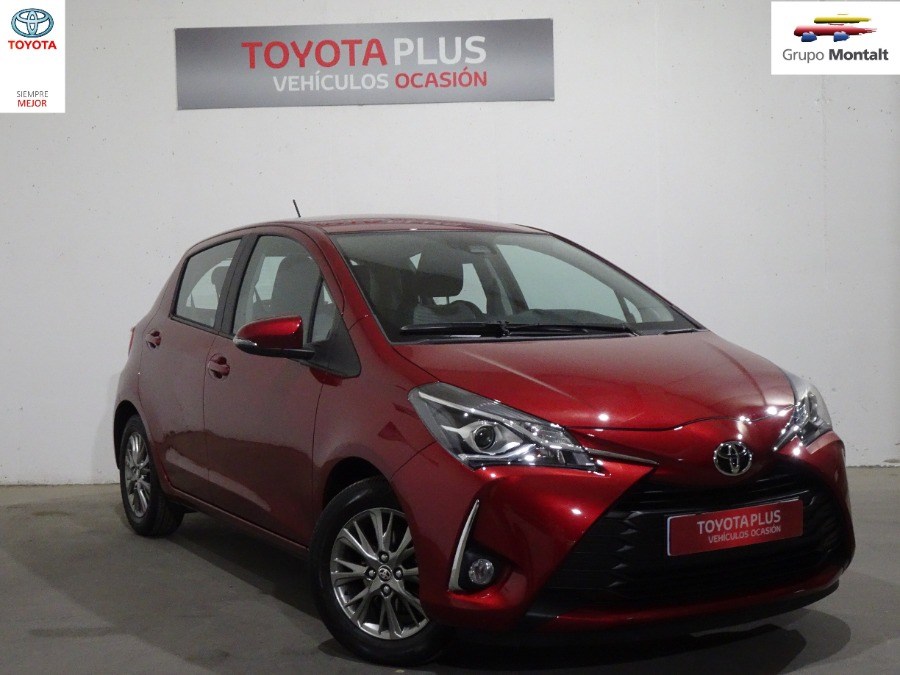TOYOTA Yaris Granate Gasolina Manual Berlina 5 puertas 2019