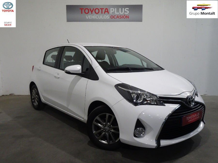 TOYOTA Yaris Blanco Gasolina Manual Berlina 5 puertas 2015
