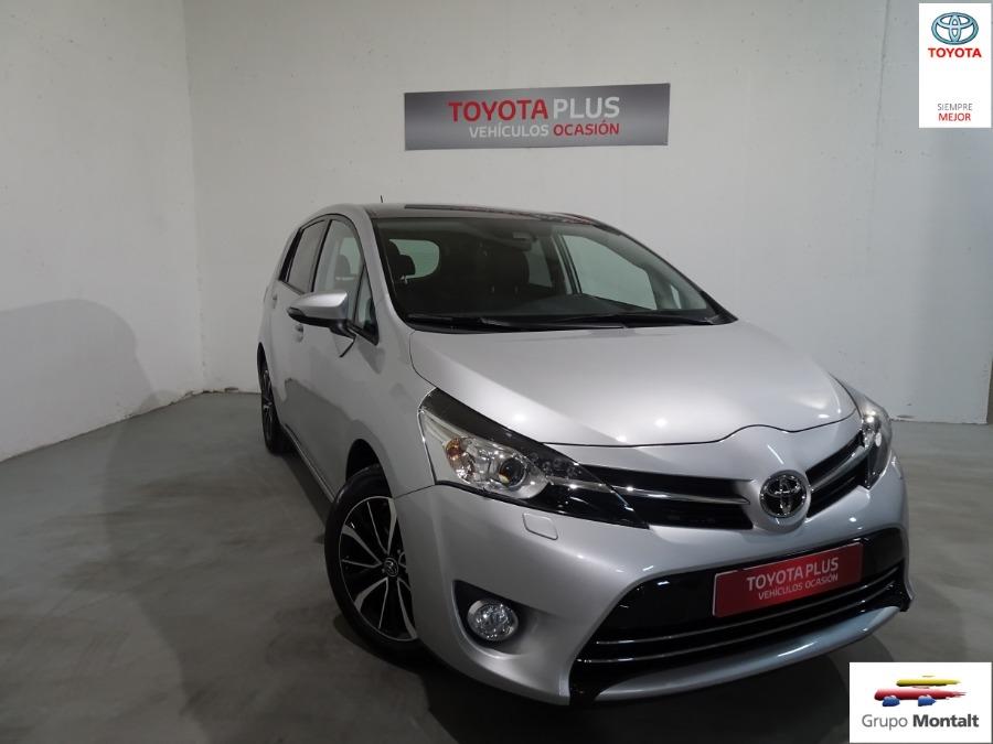 TOYOTA Verso Gris / Plata Gasolina Manual Monovolúmen 5 puertas 2018