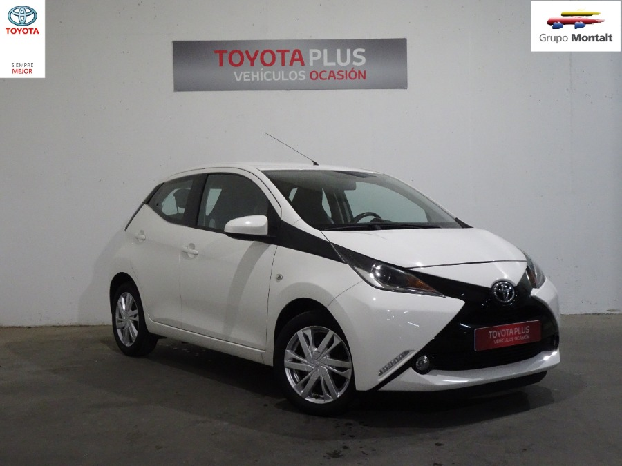 TOYOTA Aygo Blanco Gasolina Manual Berlina 5 puertas 2017