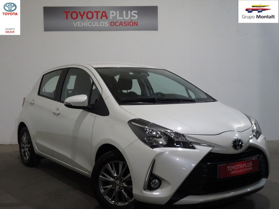 TOYOTA Yaris Blanco Gasolina Manual Berlina 5 puertas 2019