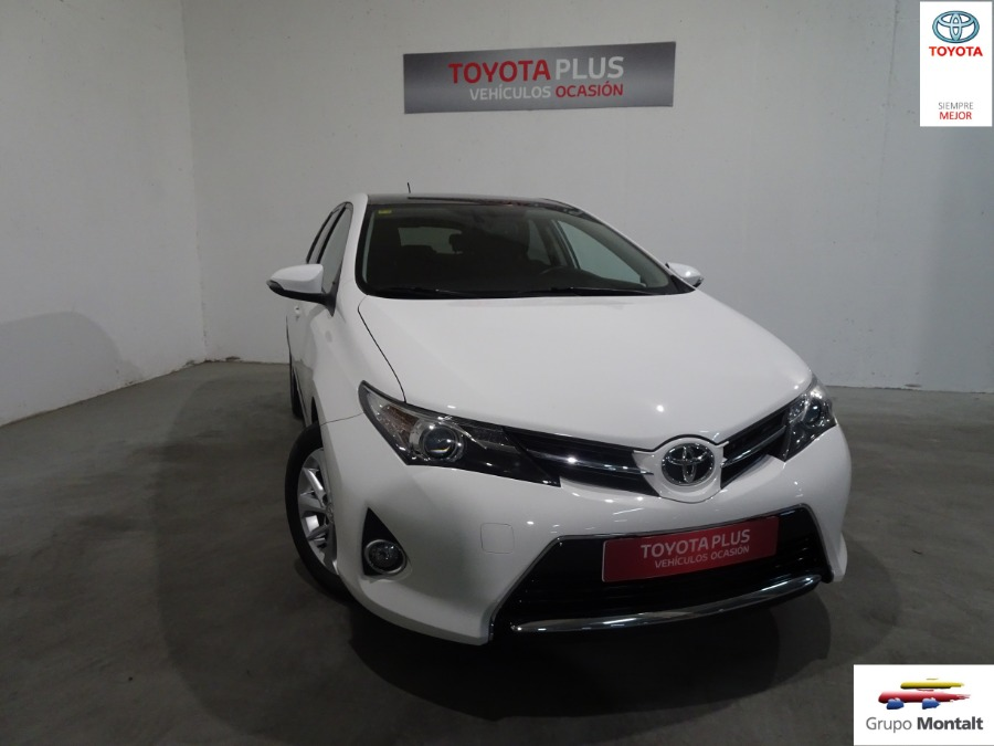 TOYOTA Auris Blanco Gasolina Manual Berlina 5 puertas 2014