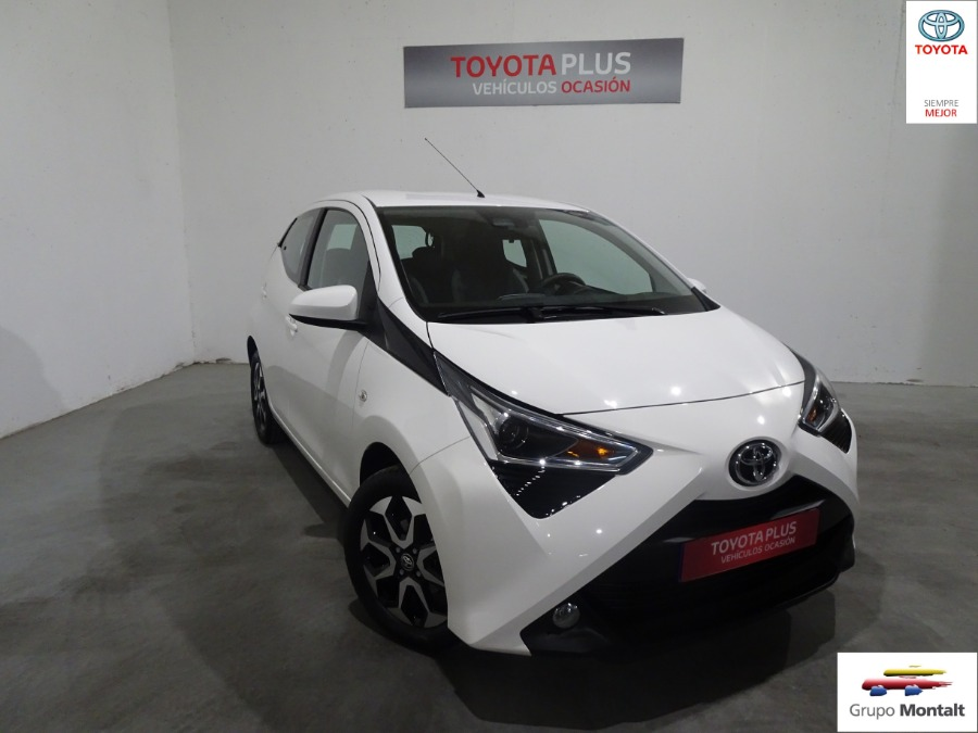 TOYOTA Aygo Blanco Gasolina Manual Berlina 5 puertas 2018