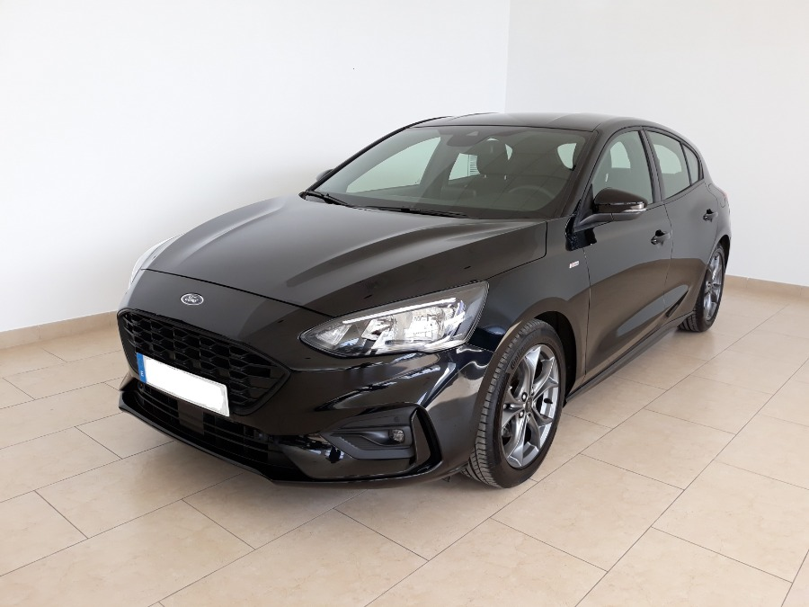 FORD Focus Negro Gasolina Manual Berlina 5 puertas 2019