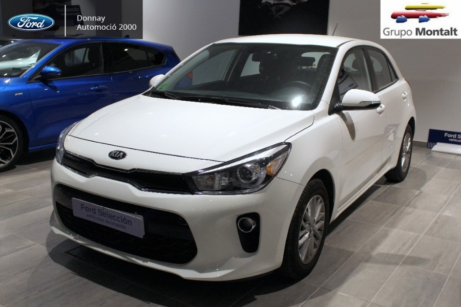 KIA Rio Blanco Gasolina Manual Berlina 5 puertas 2018