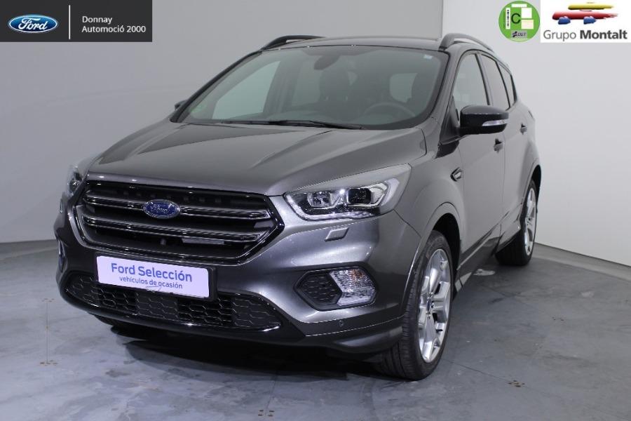 FORD Kuga Gris / Plata Gasolina Manual 4x4 SUV 5 puertas 2018