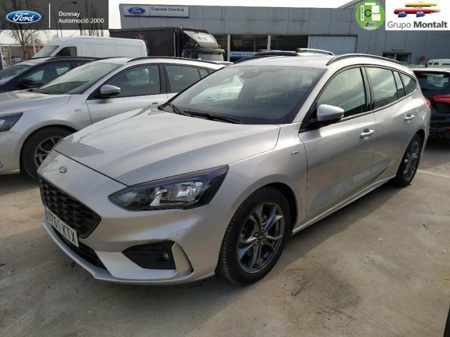 FORD Focus Gris / Plata Gasolina Automático Familiar 5 puertas 2019