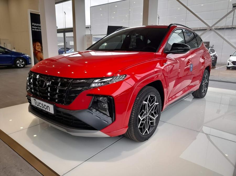 HYUNDAI TUCSON Rojo Eléctrico / Híbrido Manual 4x4 SUV 5 puertas 2021