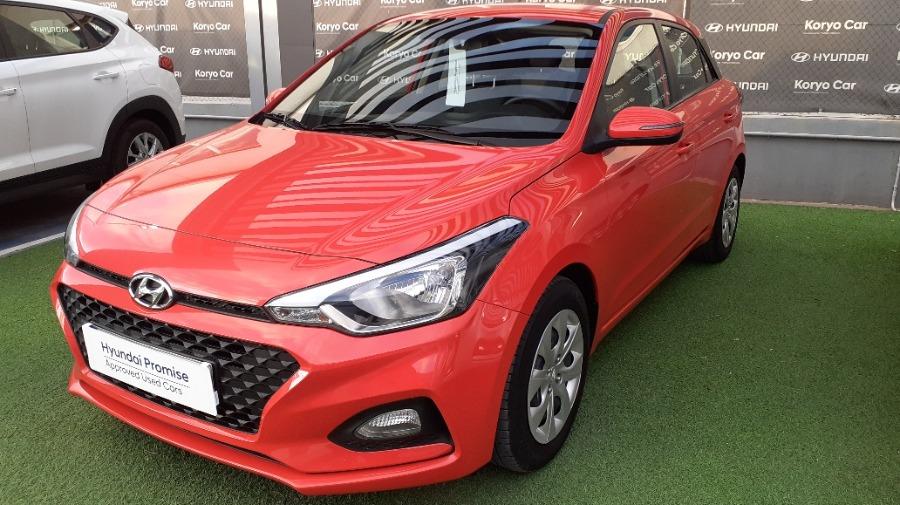 HYUNDAI i20 Rojo Gasolina Manual Berlina 5 puertas 2019