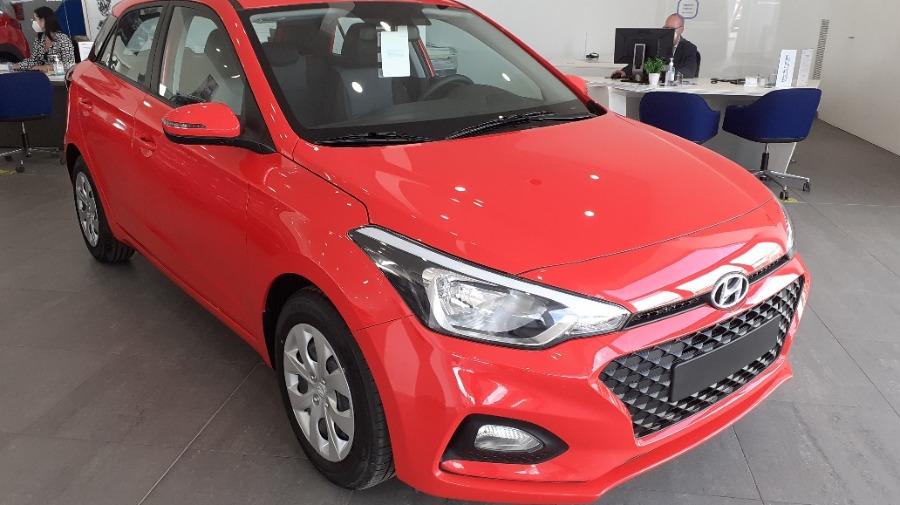 HYUNDAI i20 Rojo Gasolina Manual Berlina 5 puertas 2020