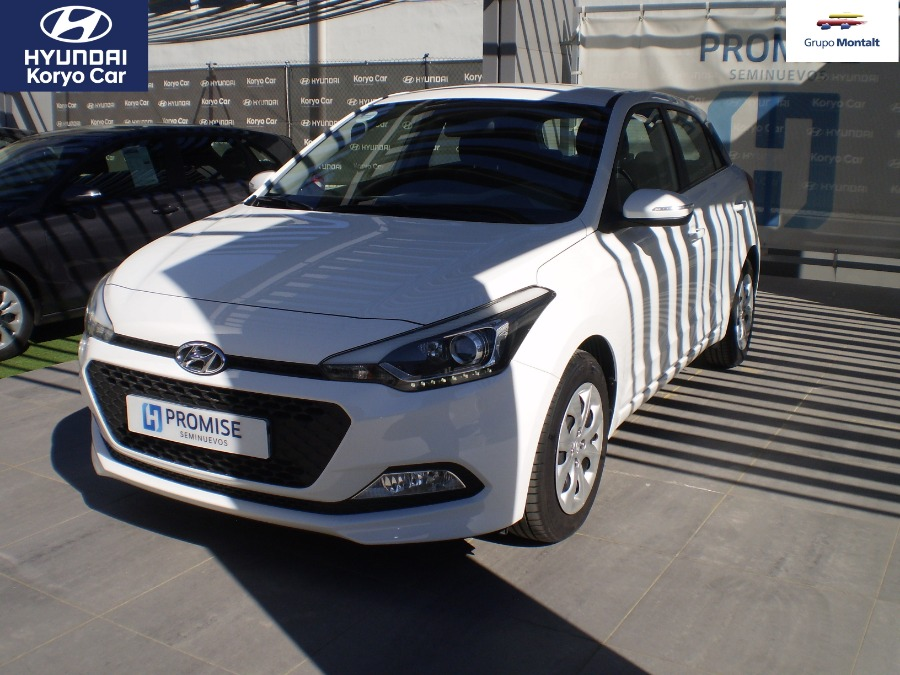HYUNDAI i20 Blanco Gasolina Manual Berlina 5 puertas 2017
