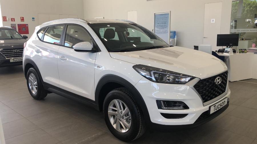 HYUNDAI TUCSON Blanco Gasolina Manual 4x4 SUV 5 puertas 2018