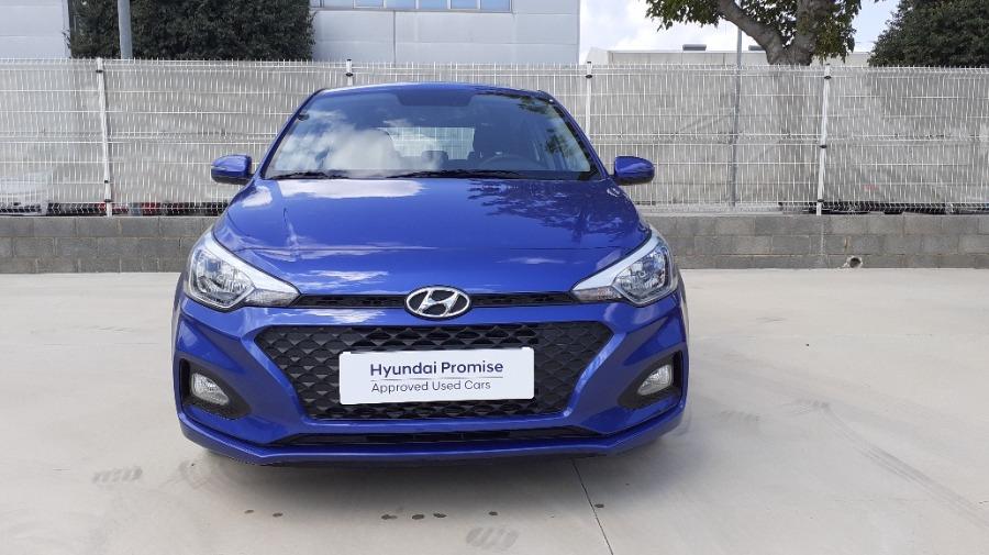 HYUNDAI i20 Azul Gasolina Manual Berlina 5 puertas 2020