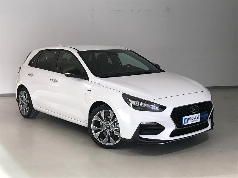 HYUNDAI i30 Blanco Gasolina Manual Berlina 5 puertas 2019