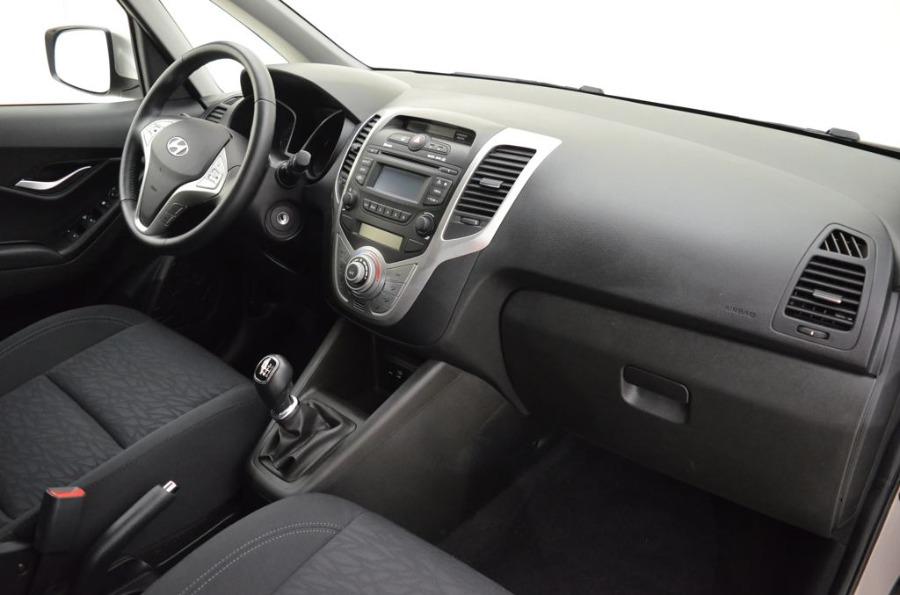 HYUNDAI ix20 Marrón Gasolina Manual Monovolúmen 5 puertas 2019