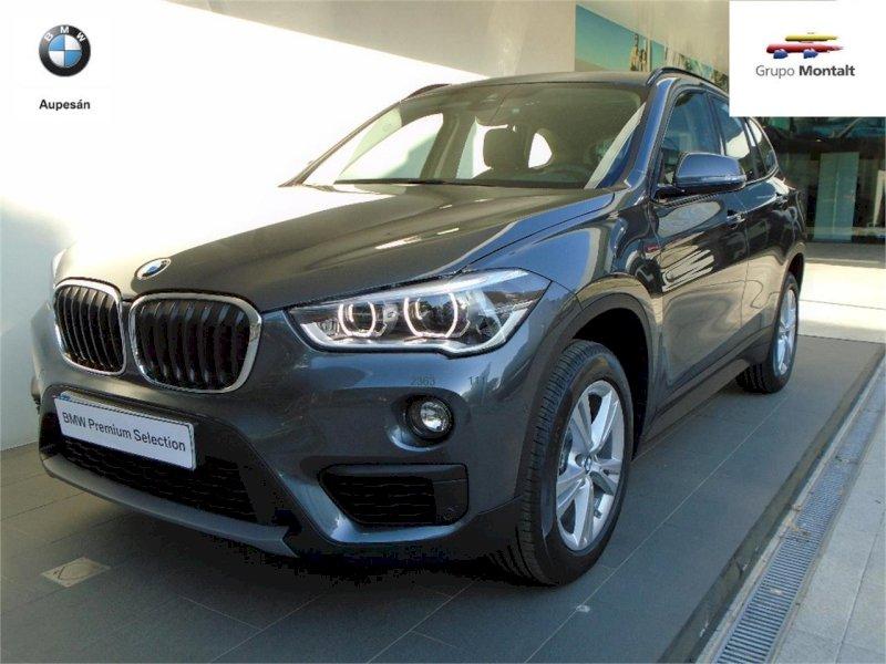 BMW X1 Gris / Plata Diesel Automático 4x4 SUV 5 puertas 2018