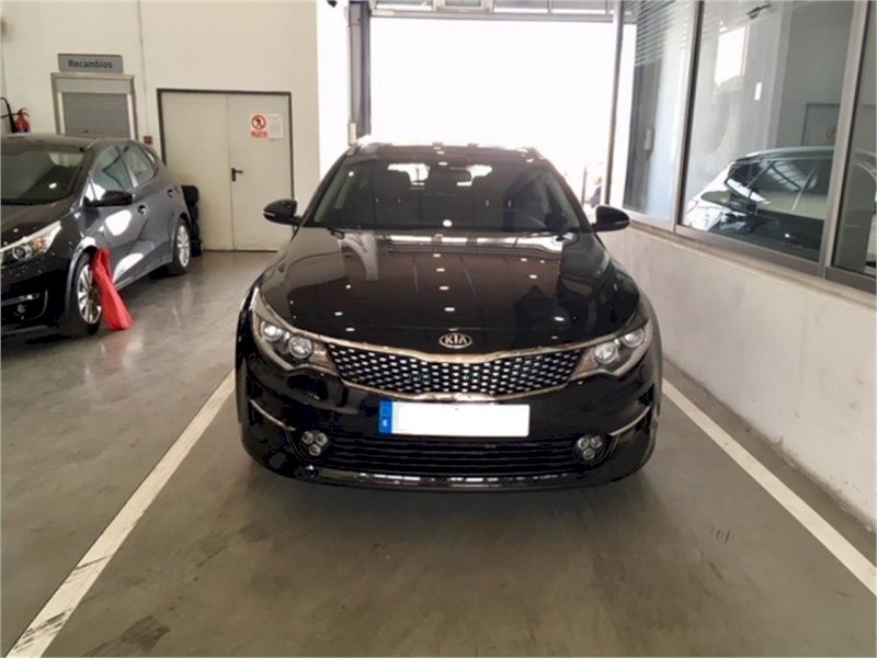KIA Optima SW Negro Diesel Manual Familiar 5 puertas 2018