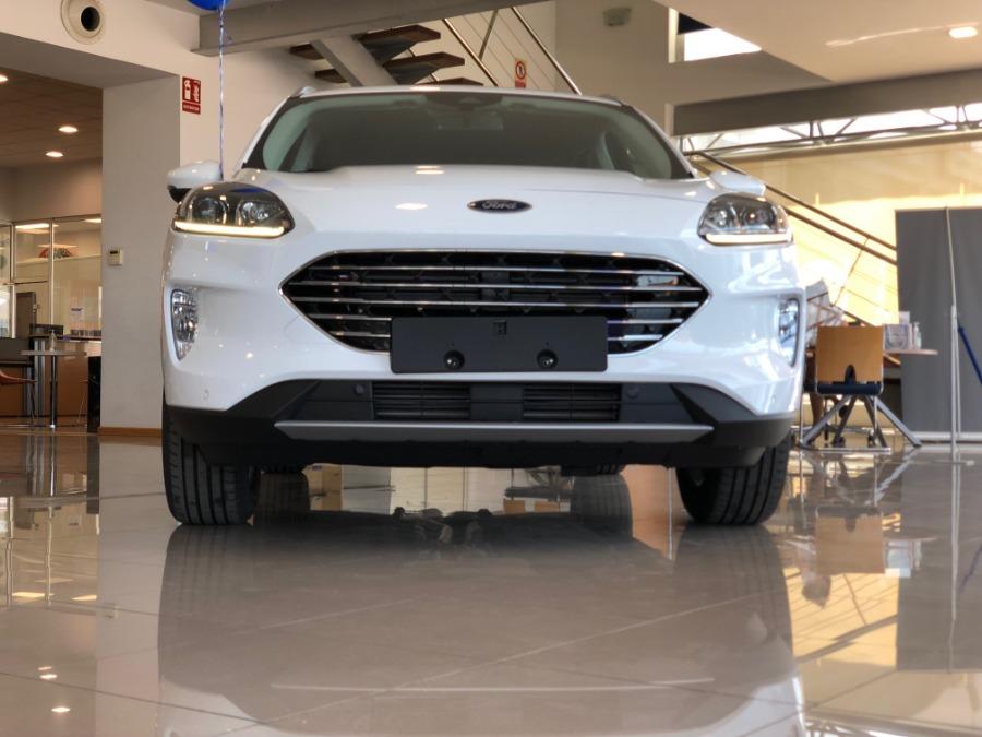 FORD Kuga Blanco Gasolina Manual 4x4 SUV 5 puertas 2020