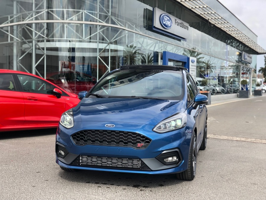 FORD Fiesta Azul Gasolina Manual Berlina 5 puertas 2020