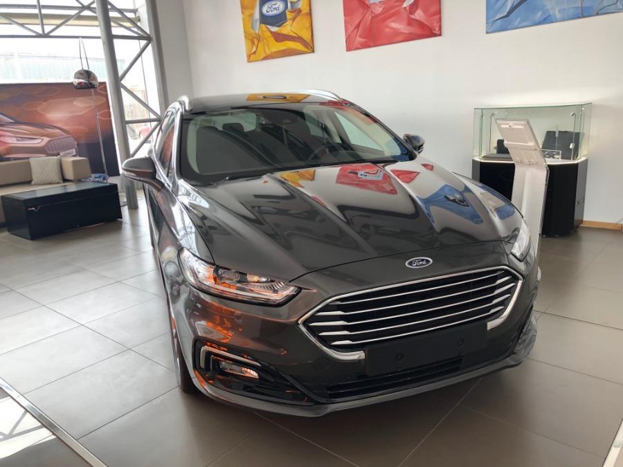 FORD Mondeo Gris / Plata Eléctrico / Híbrido Automático Familiar 5 puertas 2019