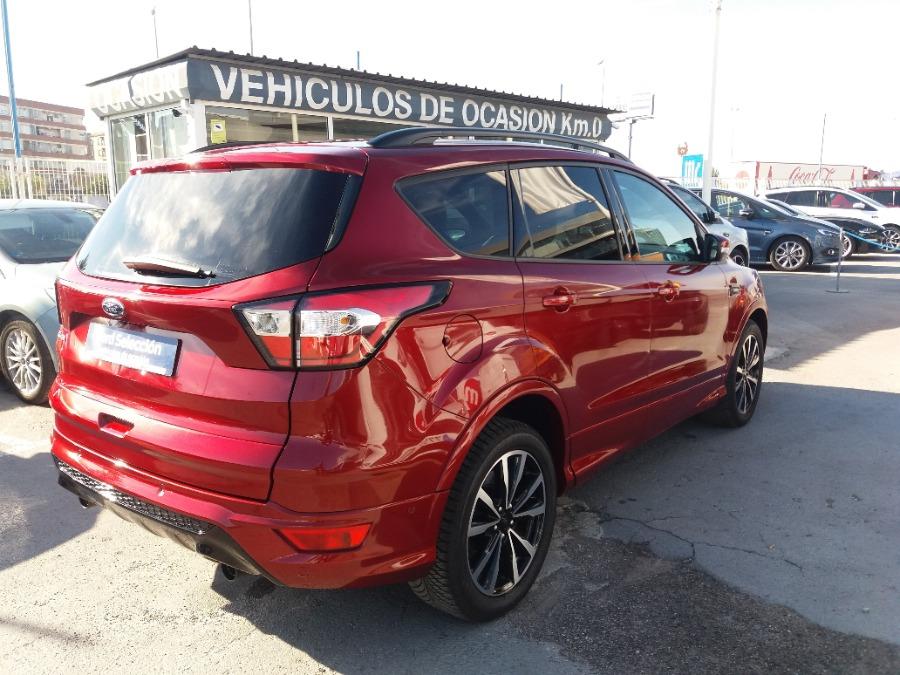 FORD Kuga Granate Gasolina Manual 4x4 SUV 5 puertas 2019