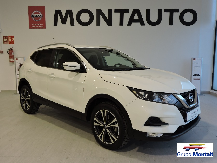 NISSAN QASHQAI Blanco Gasolina Manual Berlina 5 puertas 2020