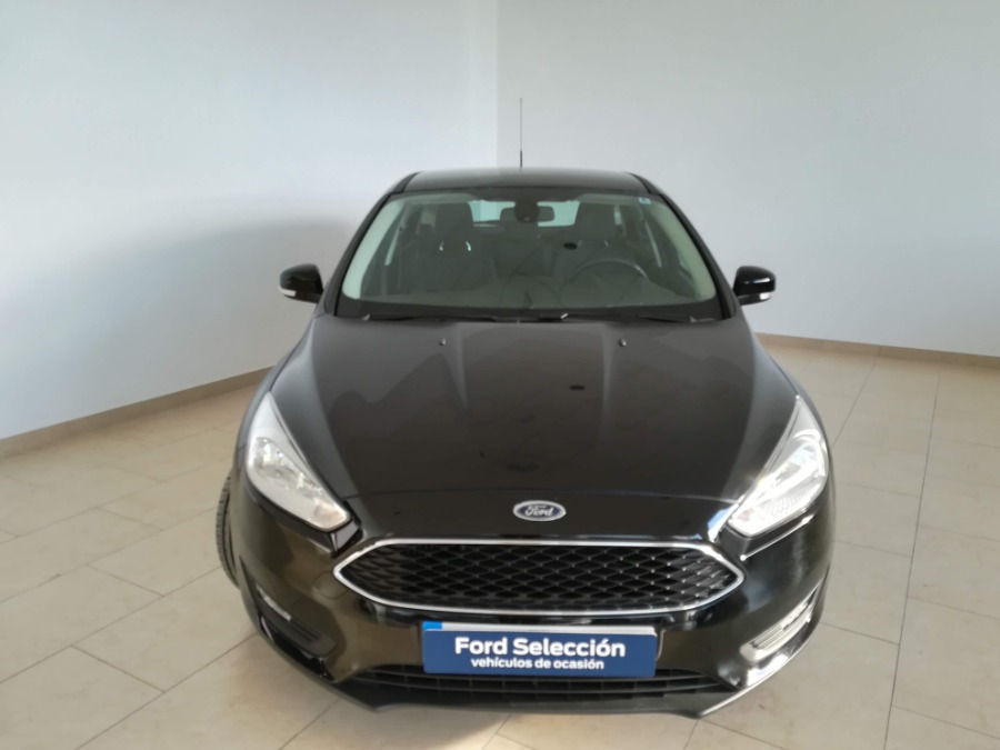 FORD Focus Negro Gasolina Manual Berlina 5 puertas 2018