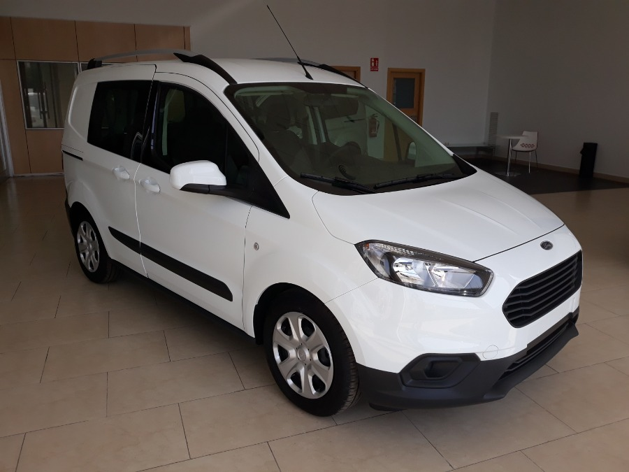 FORD Transit Courier Blanco Diesel Manual Industriales 4 puertas 2020