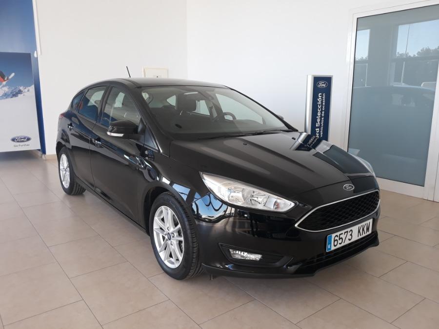 FORD Focus Negro Gasolina Automático Berlina 5 puertas 2018