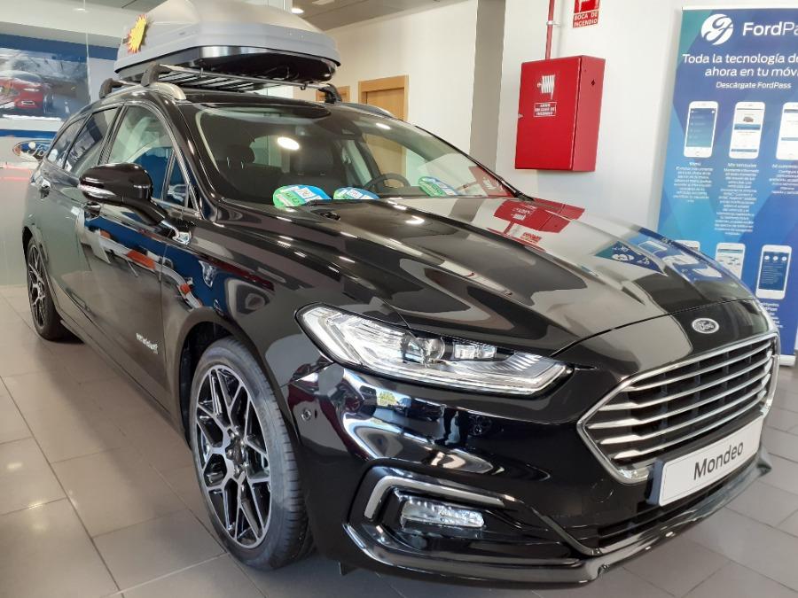 FORD Mondeo Negro Eléctrico / Híbrido Automático Berlina 4 puertas 2020