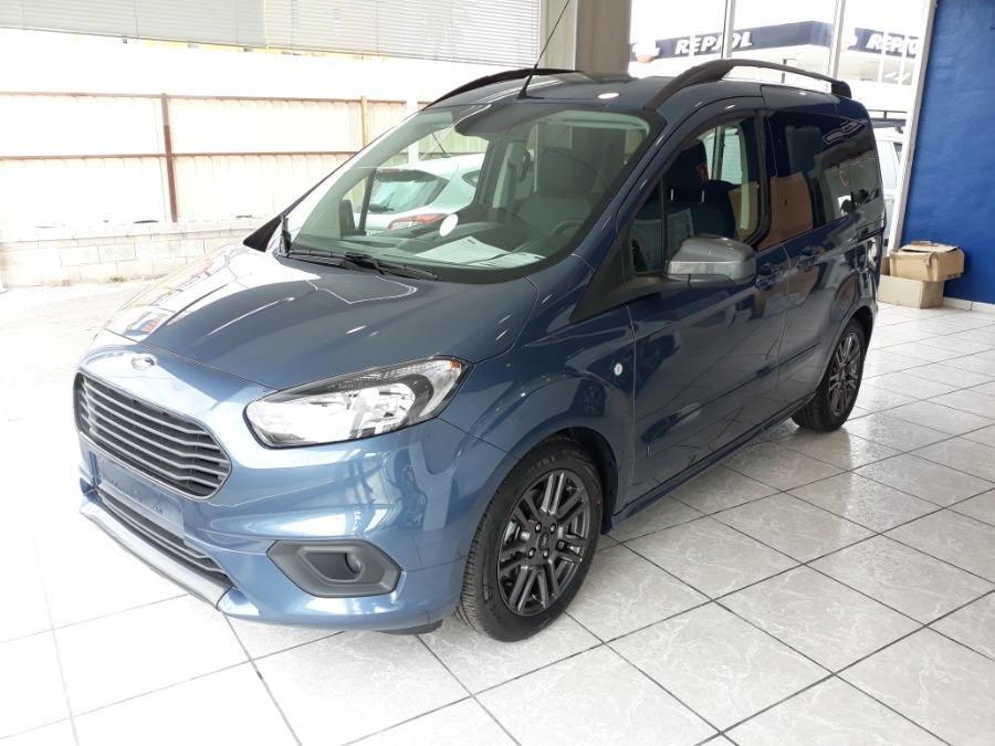FORD Tourneo Courier Azul Diesel Manual Monovolúmen 5 puertas 2020