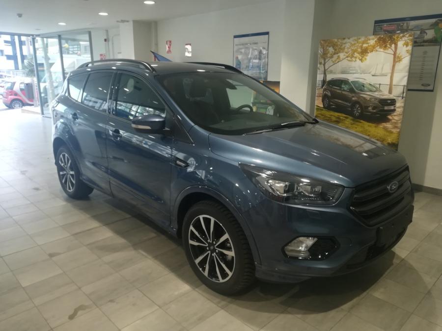 FORD Kuga Azul Gasolina Manual 4x4 SUV 5 puertas 2019