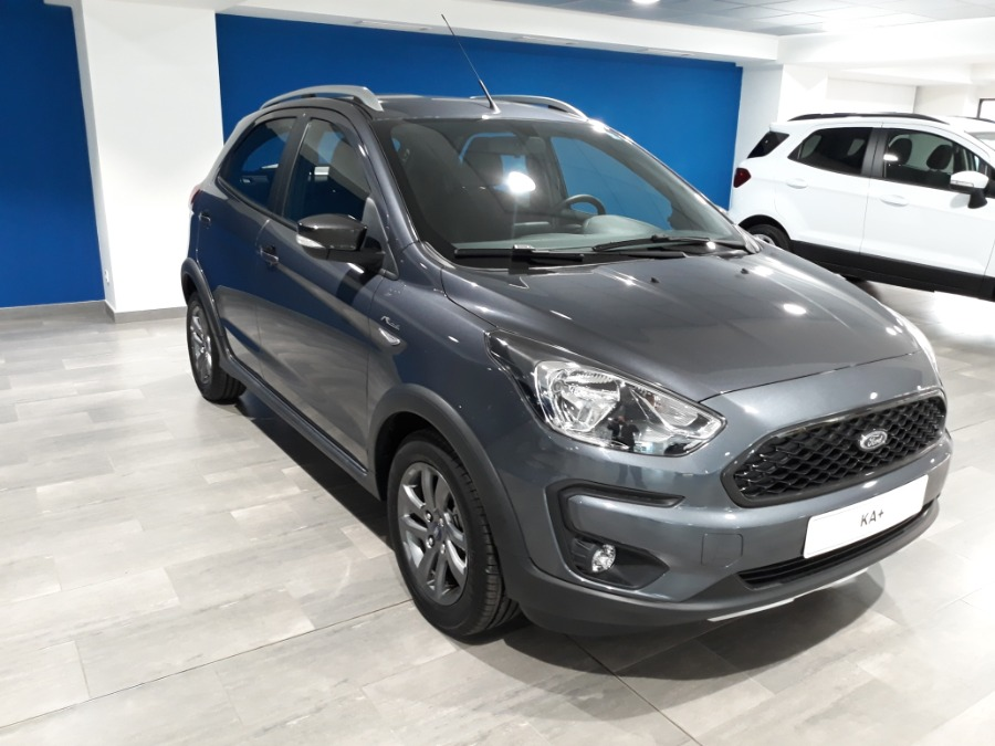FORD Ka+ Gris / Plata Gasolina Manual Berlina 5 puertas 2019