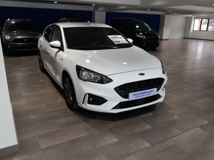 FORD Focus Blanco Diesel Manual Berlina 5 puertas 2018