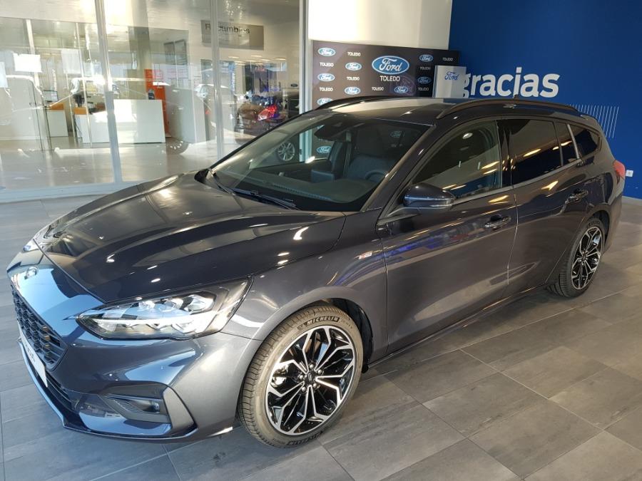 FORD Focus Azul Gasolina Manual Familiar 5 puertas 2020
