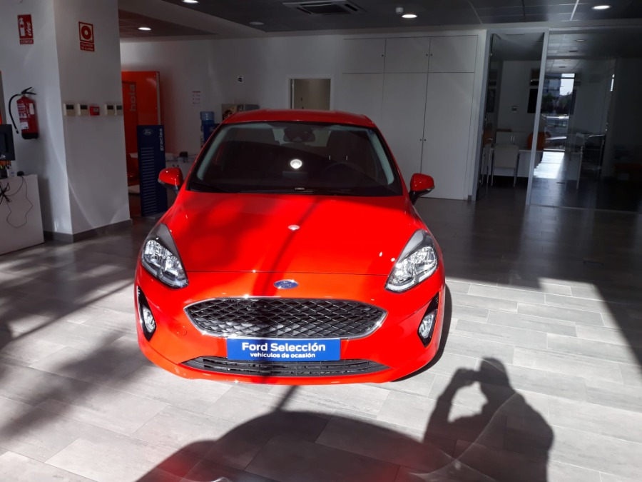 FORD Fiesta Rojo Gasolina Manual Berlina 5 puertas 2018