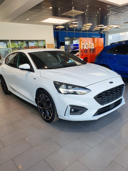 FORD Focus Blanco Gasolina Manual Berlina 5 puertas 2020
