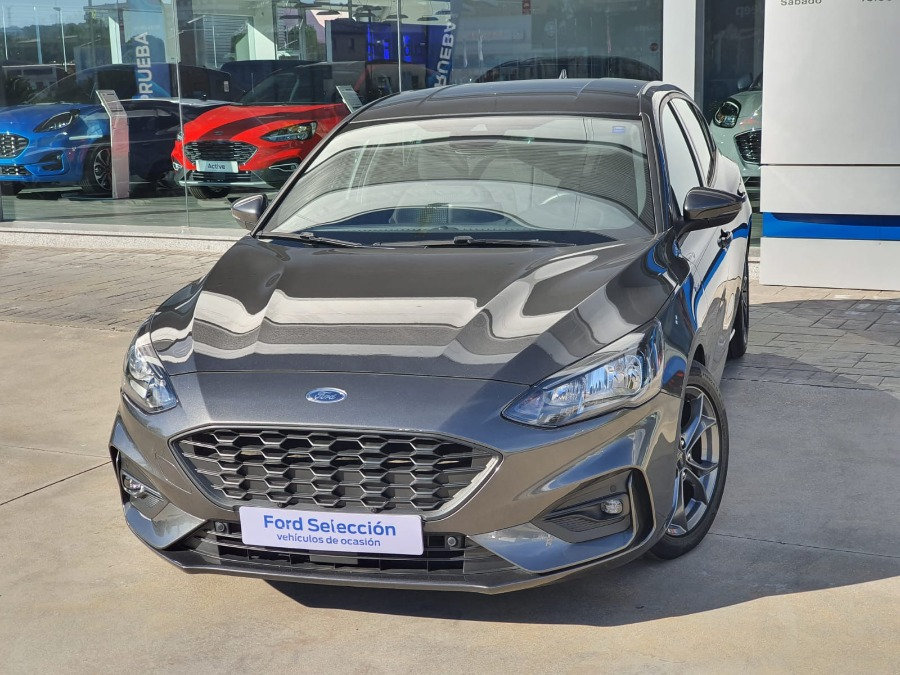 FORD Focus Gris / Plata Gasolina Manual Berlina 5 puertas 2020