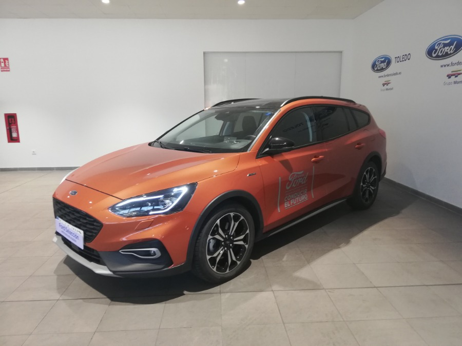 FORD Focus Naranja Gasolina Manual Familiar 5 puertas 2019