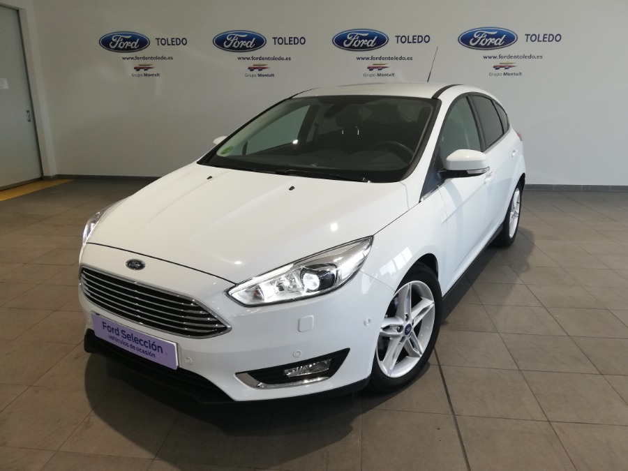 FORD Focus Blanco Gasolina Manual Berlina 5 puertas 2016