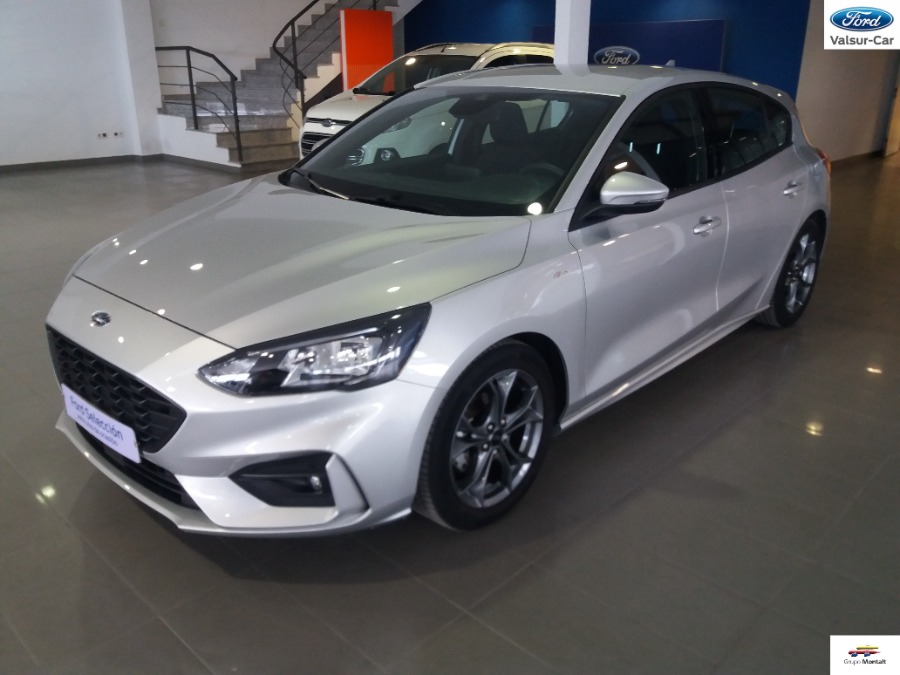 FORD Focus Gris / Plata Gasolina Manual Berlina 5 puertas 2020